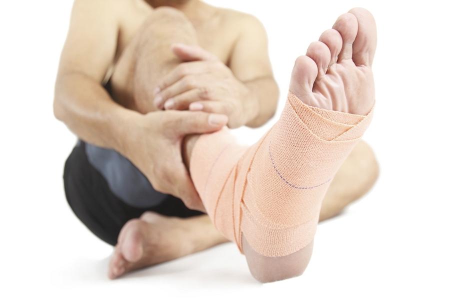Сильный ушиб пятки или перелом