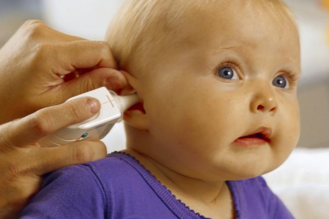Отит у ребенка. Симптомы и лечение в домашних условиях. Народные средства, капли, антибиотики, препараты Отипакс, Отофа, что говорит Комаровский