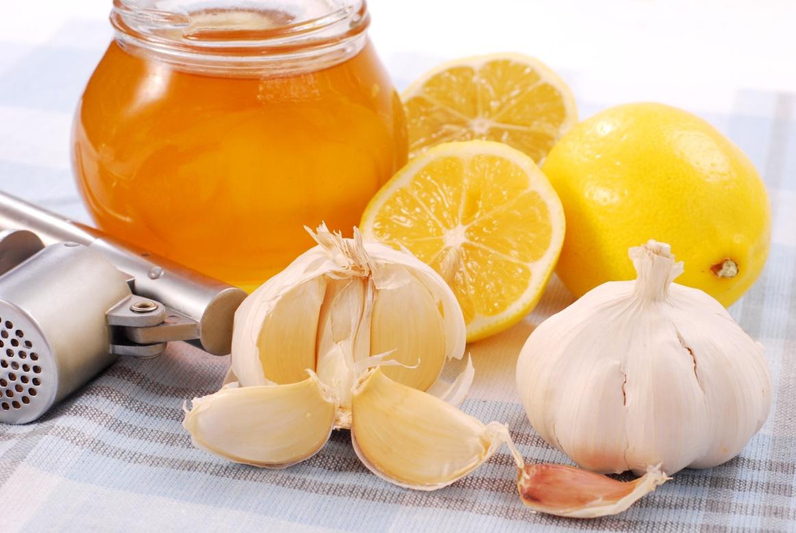 nastoyka na limone i chesnoke - Народные средства для чистки сосудов в организме человека